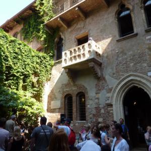 Verona, balkon Julie Kapuletové.